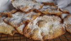Orejas, the Spanish recipe to make incredible crispy fritters