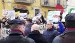 Regionali Calabria, Salvini contestato a Serra San Bruno