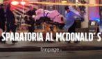 Sparatoria davanti al McDonald's: 1 morto e almeno 8 feriti, un bimbo in gravi condizioni