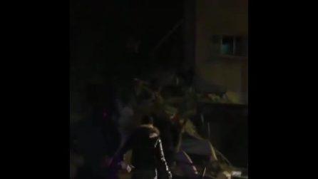 Devastante terremoto in Turchia di magnitudo 6.9: crollano edifici a Elazığ
