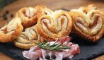 Puff pastry hearts: the quick appetizer to enjoy with friends