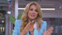 Grande Fratello VIP - Adriana Volpe risponde alle provocazioni di Antonella Elia