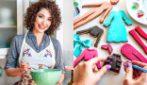 Crea vestiti e ritratti con dei semplici biscotti: quando cucinare diventa arte