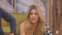 Adriana Volpe continua la discussione dopo l'ingresso di Rita Rusic