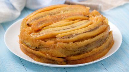Torta rovesciata alle banane: il dolce originale che si prepara in pochi passi!