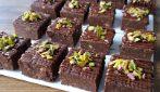 Quadrotti senza cottura al cioccolato: la ricetta semplice e gustosa