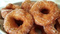 Ciambelle fritte di Carnevale: la ricetta soffice e gustosa