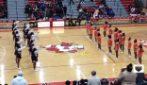 Le cheerleader si sfidano nel ballo: ma all'improvviso scoppia la rissa