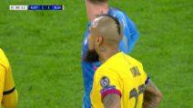 Champions: Napoli-Barcellona, l'espulsione di Vidal
