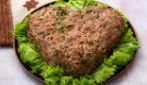 Heart shaped burger: a great recipe to surprise everyone!
