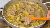 Creamy stew with potatoes: the whole family will love this recipe!