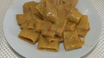 Paccheri con crema di peperoni: un primo piatto strepitoso