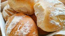 Panini fatti in casa: la ricetta per averli croccanti e deliziosi