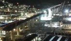 """Un """"ponte per Genova"""": fascio di luce tricolore illumina il nuovo Ponte Morandi"""