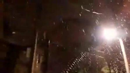 Neve ai Castelli Romani: cadono candidi fiocchi nella notte a Rocca di Papa