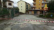 Avellino, si rompe una condotta idrica: mezza città senz'acqua
