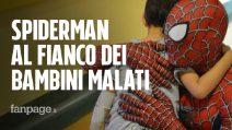 """Mattia si traveste da Spiderman per aiutare i bimbi malati: """"Genitori, videochiamatemi"""""""