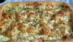 Focaccia con stracchino e zucchine: la ricetta rustica che amerete