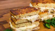 Torrada de couve-flor: um substituto gostoso para o pão normal!