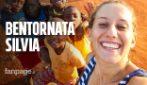 """Silvia Romano è libera: """"Provata dal rapimento, ma sta bene"""". Domani tornerà in Italia"""