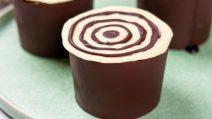 Copos de chocolate: uma dica para servir a sobremesa de um jeito surpreendente!