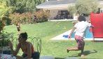 Marcelo e la sua tecnica sopraffina: il brasiliano si diverte in casa con degli amici