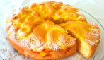 Torta bouquet di mele: la ricetta del dessert cremoso e goloso