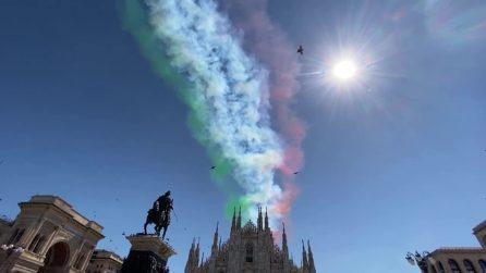 Frecce Tricolori sorvolano Milano: il tricolore passa sul Duomo
