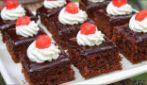 Quadrotti al cioccolato: la ricetta del dessert soffice e super goloso