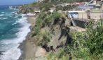 Ischia, crolla parte del costone Cava a Forio