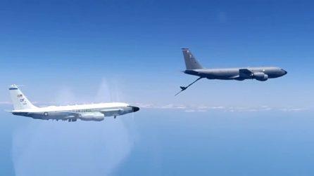 Caccia russo Su-30 in volo intercettati aerei spia americani sul Mar Nero
