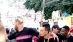 Adriano ubriaco per le strade di Rio de Janeiro