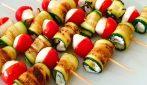 Spiedini di zucchine: la ricetta dell'antipasto fresco e gustoso