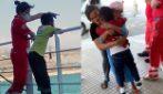 La favola di Juniò, a 7 anni viaggia da solo dalla Libia per riabbracciare la madre in Italia