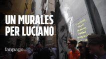 Un murales per Luciano De Crescenzo a Napoli ai Quartieri Spagnoli a un anno dalla sua morte