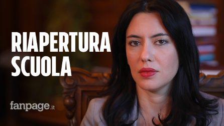Riapertura, orari, supplenze e banchi: il ministro Lucia Azzolina risponde ai dubbi degli studenti