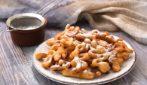 Frittelle dolci: come farle con l'aiuto di un solo cucchiaio!