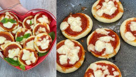 Pizzette in padella: la ricetta facile e gustosa con cui sorprendere tutti!