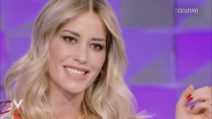 """Verissimo - Elena Santarelli: """"Mio figlio ha sconfitto il tumore"""""""