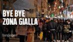 Napoli, folla e assembramenti nell'ultimo giorno di zona gialla