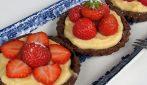 Strawberry vanilla tarts: how to prepare a special dessert