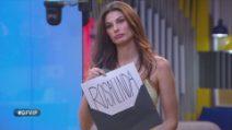 Rosalinda Cannavò eliminata, è Dayane a leggere il responso