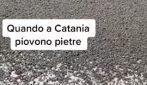 Pioggia di pietre a Catania dopo la nuova eruzione dell'Etna