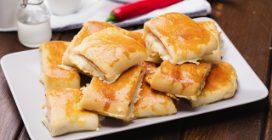 Pão recheado com presunto e queijo: um petisco fácil e gostoso!