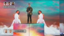 "Leonardo canta ""Giganti"" ad Amici 2021"