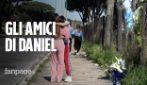 Daniel Guerini il calciatore morto a 19 anni: il ricordo degli amici sul luogo dell'incidente