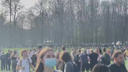 Belgio, falso rave party: migliaia in un parco a Bruxelles