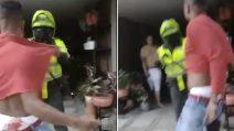 Guarin fermato dalla polizia, le immagini della lite furibonda con il padre