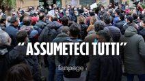 """Concorso Ripam Campania, centinaia di borsisti in piazza: """"Terza prova inutile, assumeteci subito"""""""