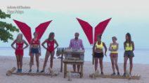 L'Isola dei Famosi 2021, la sfida tra le amazzoni e le naufraghe